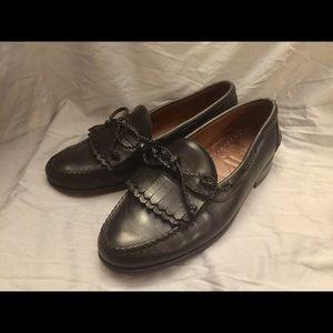 Allen Edmonds black leather Everson kiltie loafers